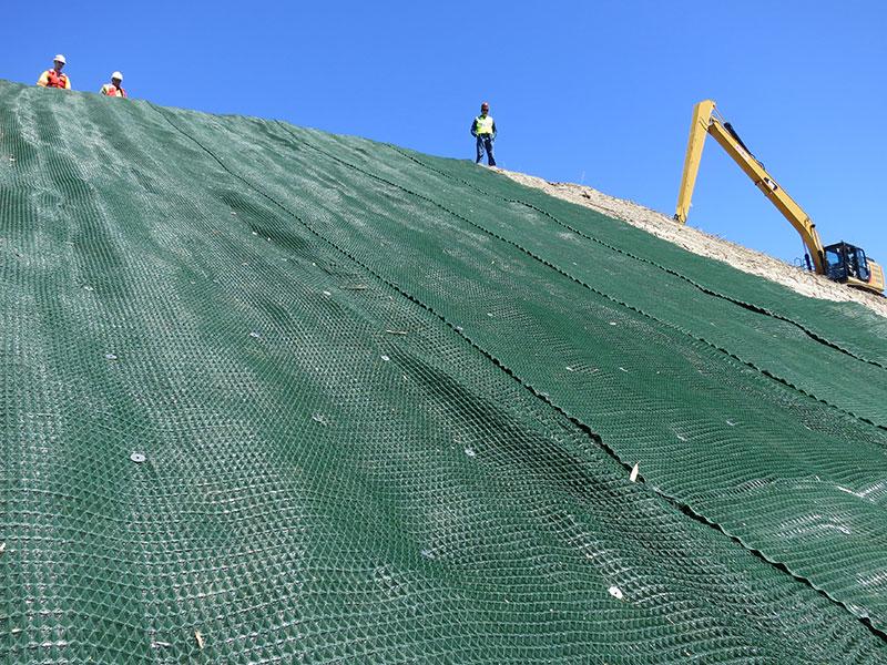 shoreline-protection-restoration-install